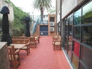 Sydney Grammar Library courtyard